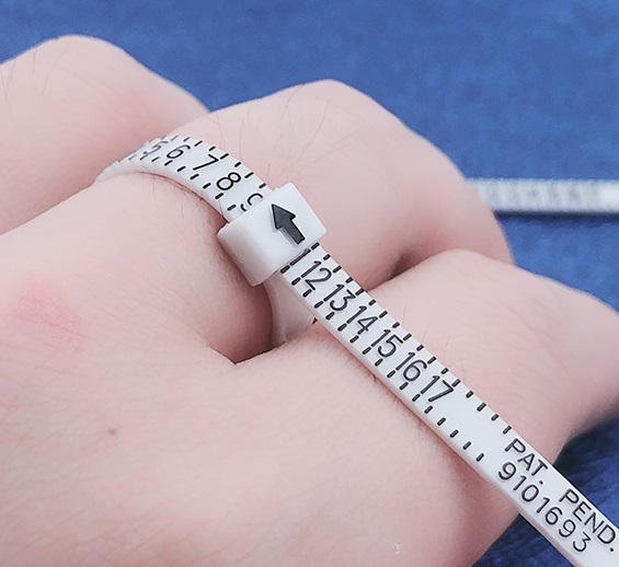 Measure finger size for the rings